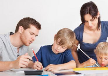 Selain Mengasah Intelegensi, Menulis Juga Berlatih Memecahkan Masalah Pada Anak