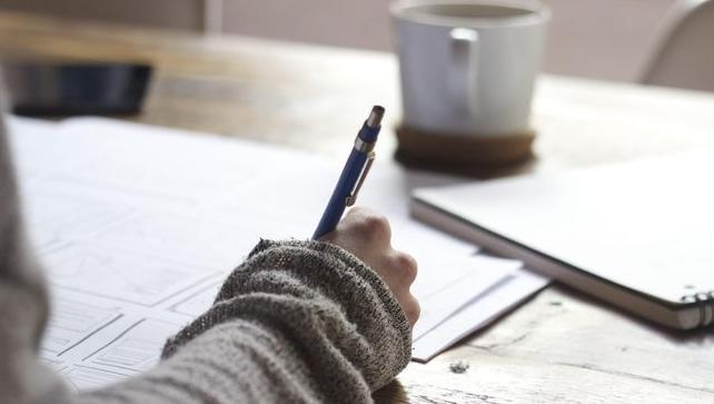 Menulis Untuk Berbicara dan Berkembang