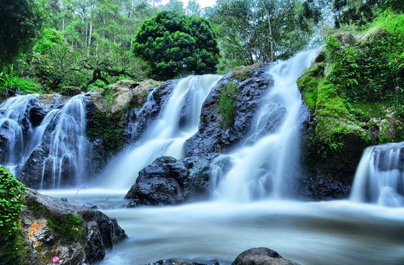 Wisata Alam Curug Maribaya Lembang, Peta Lokasi dan Harga Tiket Masuk