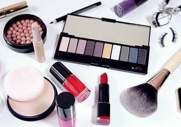 Ini Dia Beberapa Peralatan Makeup Esensial Untuk Para Pemula